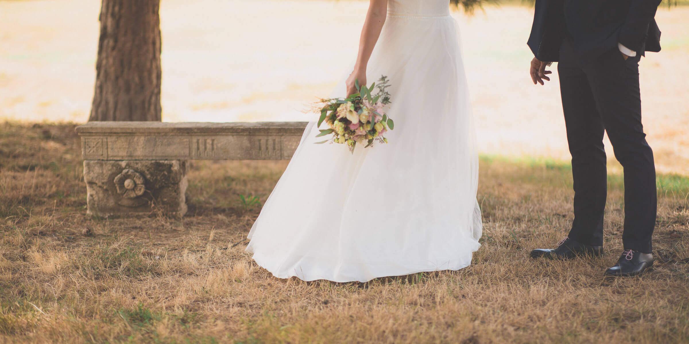 Photographie de mariage en composition tronquée